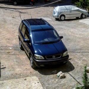 car_55d72cb5af80f.jpg